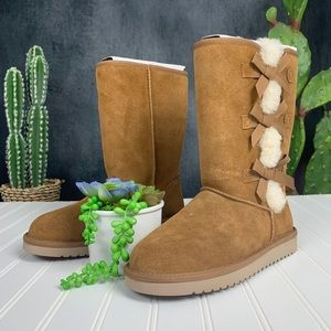 🆕 Ugg Koolaburra Victoria Tall Boot Chestnut S412